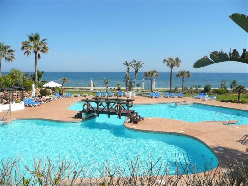 Apartment next to the sea in one of the most prestigious urbanization in front line beach of Puerto , Spain