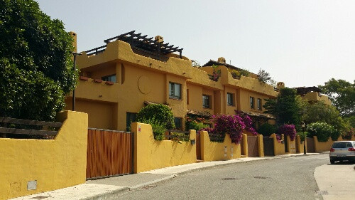 NAGUELLES-MARBELLA  Fantastic Townhouse  3 bedrooms, 3 bath, direct garage to the townhouse  and com, Spain