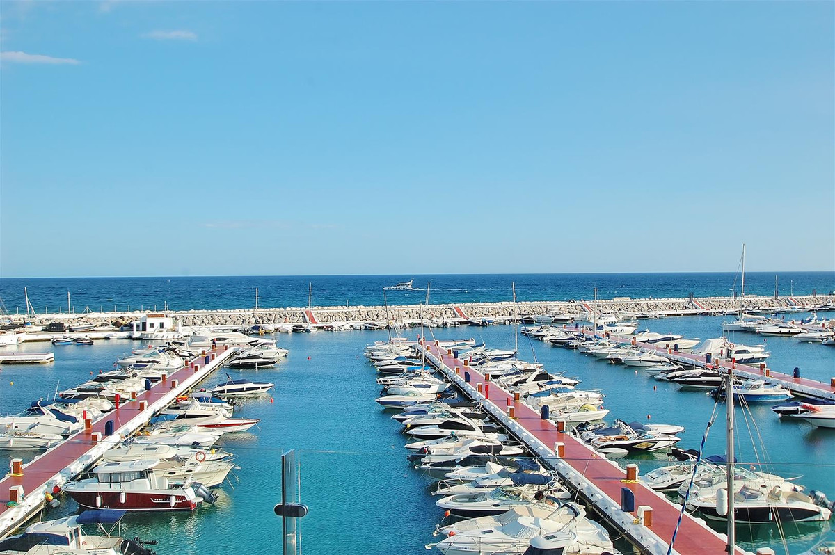 Ultra modern penthouse in Puerto Banus. Recently renovated, the property boosts stunning sea, marina,Spain