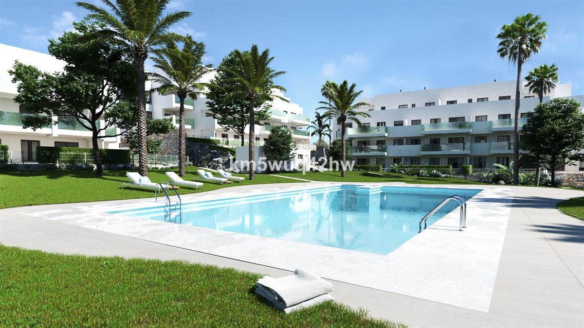 Middle Floor Apartment, La Cala de Mijas, Costa del Sol. 2 Bedrooms, 2 Bathrooms, Built 115 m², Terr, Spain