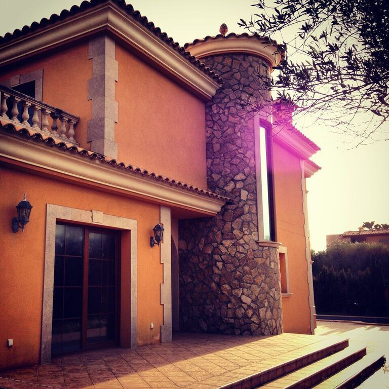 SA TORRE (LLUCMAJOR) MALLORCA, villa of 250 m2 with plot of 450 m2 with pool, garden, terraces, four, Spain