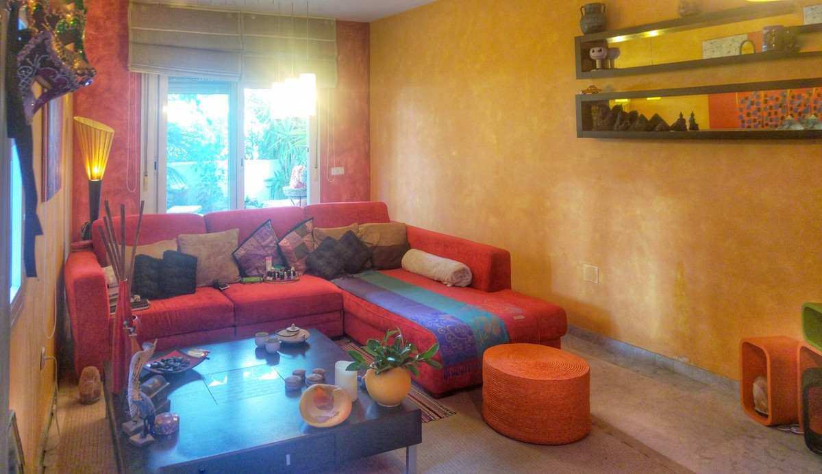 Fantastic two bedroom south facing raised groundfloor apartment in the gated complex Marbella Real. , Spain