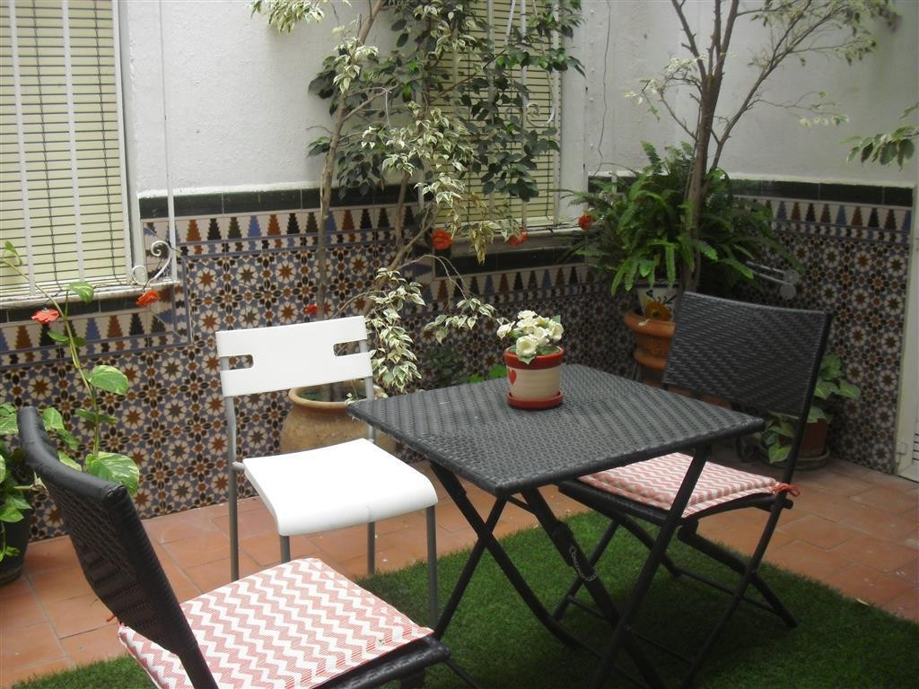 Andalusian style hostel with current decoration in the center of Marbella with 17 double rooms with , Spain