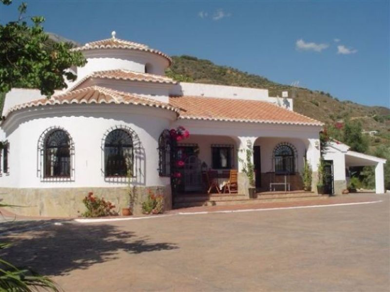 This beautiful newly reformed villa boasts quite possibly the most stunning sea and mountain views S Spain