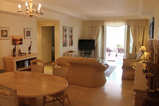 Spacious ground floor apartment located  between Puerto Banus and San Pedro de Alcantara, in less thSpain