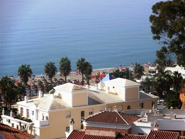 MODERN APARTMENT.  Modern apartment only 200 meters from Burriana beach. A lovely spacious 1 bedroom, Spain