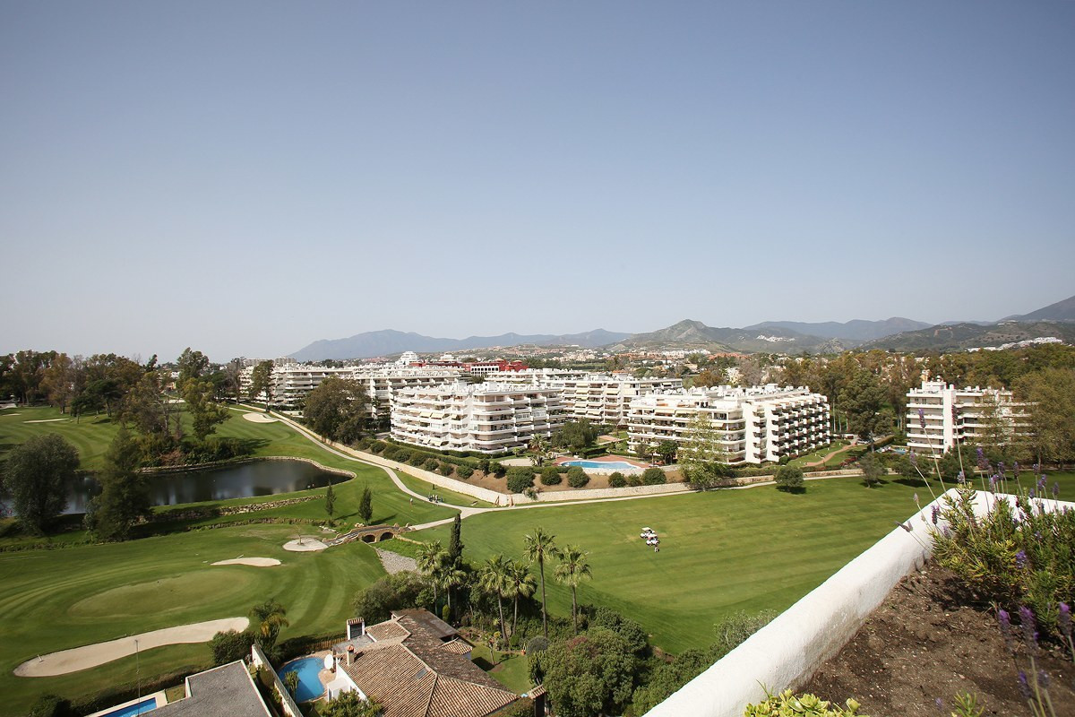 LUXURY PENTHOUSE FRONT LINE GOLF  A unique property yet to be discovered on the Costa del Sol. This ,Spain