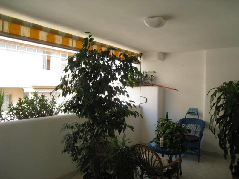 Spacious apartment on the Plaza de la Hispanidad , close to the center of Fuengirola, with 4 bedroom,Spain