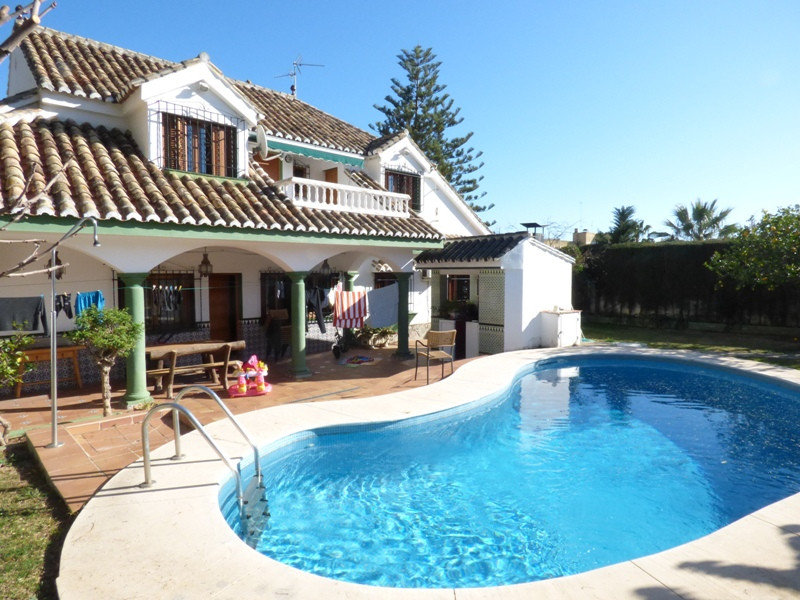 Spacious independent villa with a lot of character in exclusive residential area of Marbella. This m, Spain