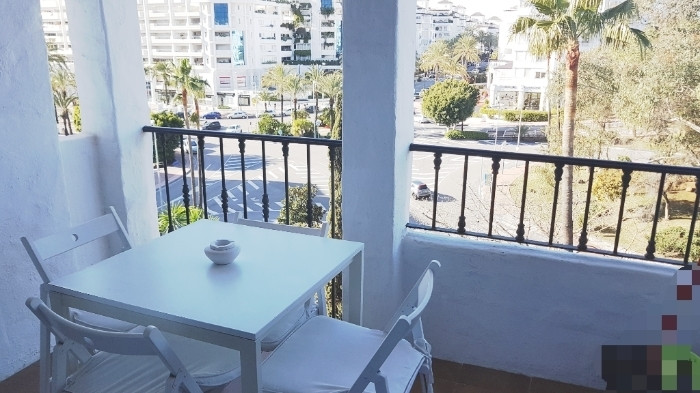 Magnificent and very charming apartment located in the heart of Puerto Banus, surrounded by all kind, Spain