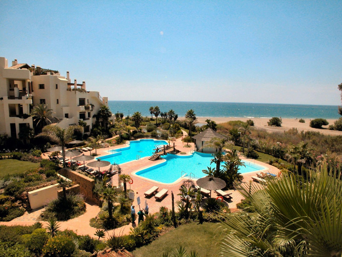 Stunning south facing  2 bed rooms apartment for sale in Bahia del Valerin.  A spacious entrance hal, Spain