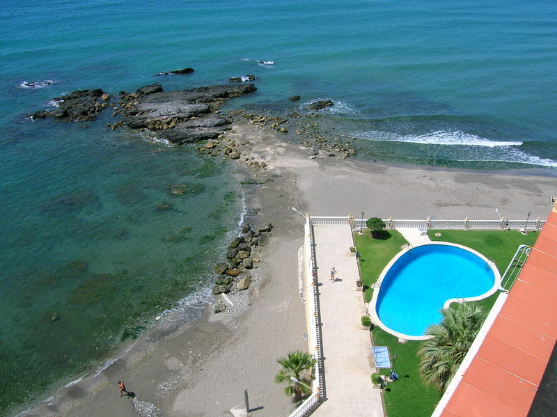 Wonderful studio, front line beach! South facing, lovely sea views, covered terrace, community pool ,Spain