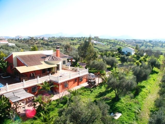 Spectacular property in the countryside of Alhaurin el Grande. The property consists of 2 houses, 2 ,Spain