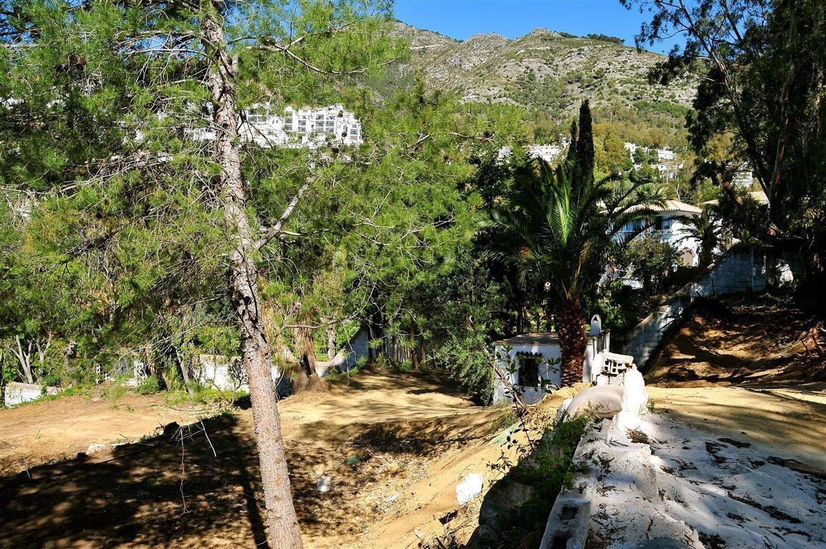Urban plot of around 2,104m² in a fantastic location, only 5 minutes from the village of Mijas and a,Spain