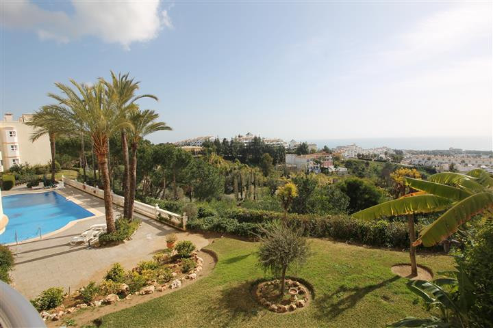 Light and spacious 2 bedrooms and 2 bathrooms groundfloor apartment in Calahonda, Costa del Sol. Onl,Spain