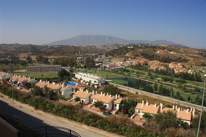 , La Cala de Mijas, Costa del Sol. 2 Bedrooms, 3 Bathrooms, Built 90 m², Terrace 25 m².  Setting : C,Spain