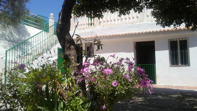 Country house for sale located between Cartama and Alhaurin de la Torre, 5 km to the village and 4 k,Spain