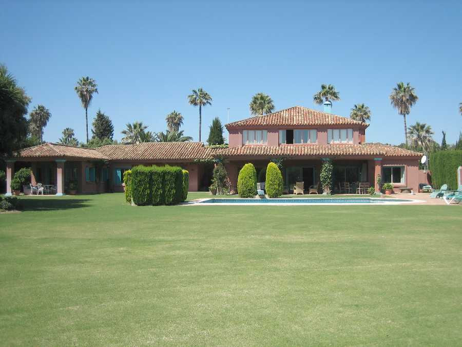 Originally listed for 3,750,000€, recently reduced to 2,800,000€. Fabulous villa built on an attract,Spain