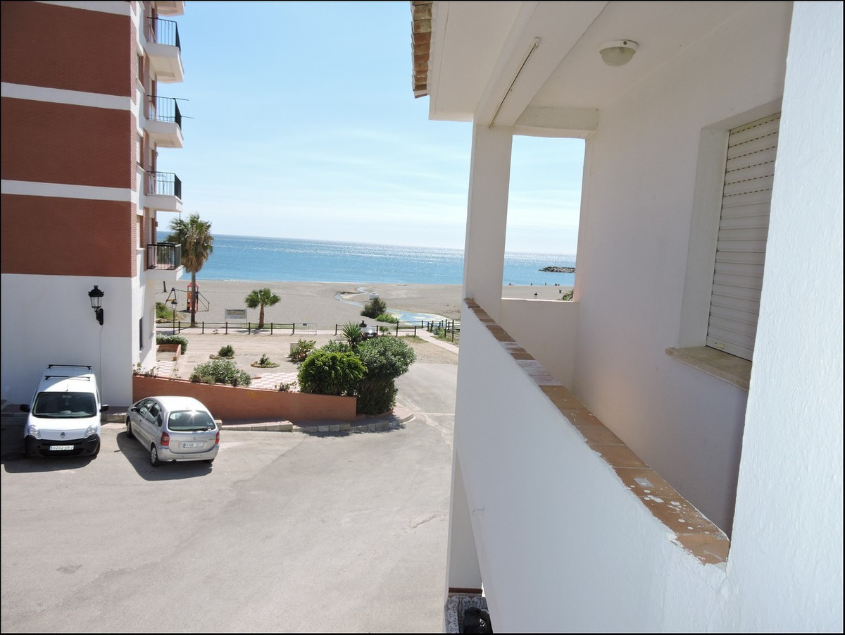 Three bedroom apartment close to the beach This three bedroom property is situated on an amazing loc,Spain