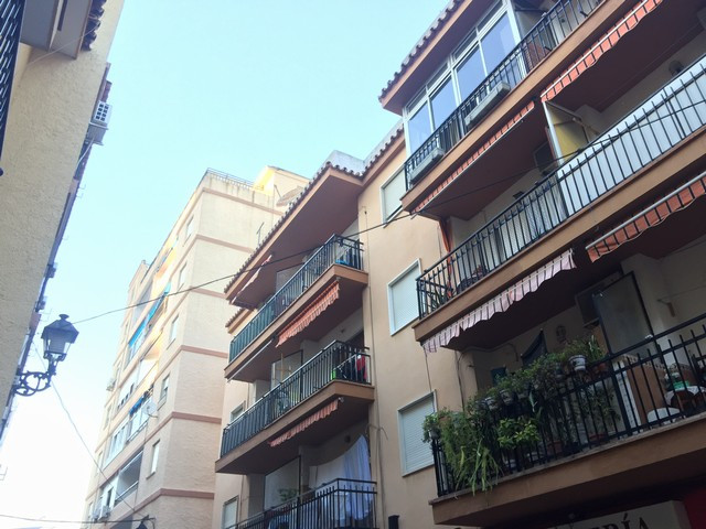Beautiful penthouse totally refurbished, located in the centre of Fuengirola, walking distance to al, Spain