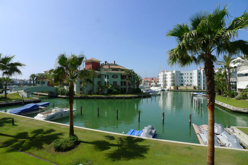 Great opportunity to acquire a raised ground floor apartment, set in the exclusive Sotogrande Marina,Spain