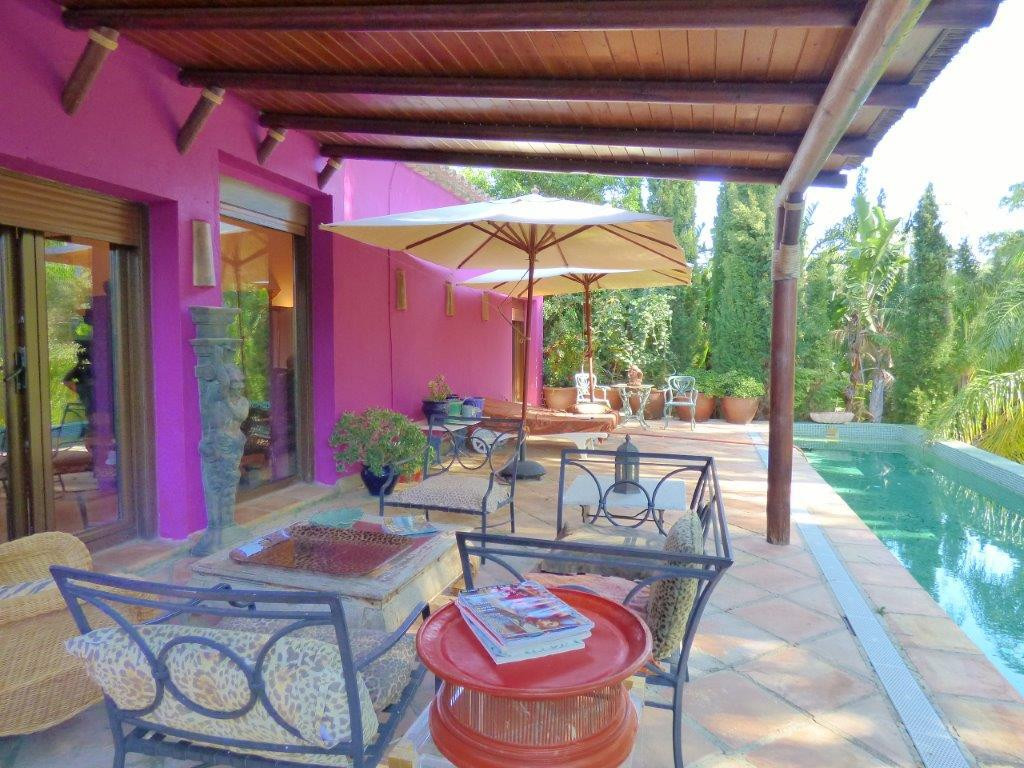 A unique Pied-a-terre set in exotic gardens in Sotogrande. A beautiful hidden gem in totally private, Spain