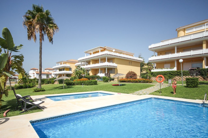 Magnificent 3 bedroom apartment 200 meters from the beach and the popular Marina of Cabopino located,Spain