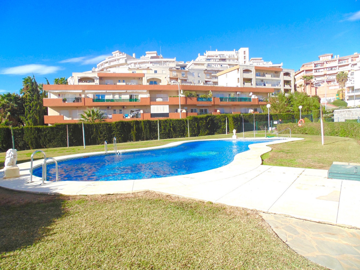 Fantastically spacious luxury modern apartment at just 250 metres walking from the beautiful beaches, Spain