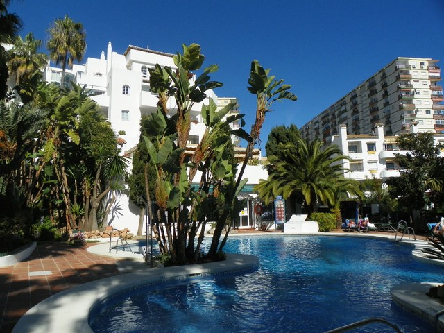Fabulous 1 bedroom apartment located in Benalmadena Costa, only 50 metres from the fantastic local b,Spain
