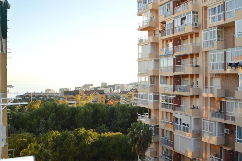 *********** BARGAIN-OPPORTUNITY-INVESTMENT ---- STUDIO APARTMENT IN BENALMADENA COSTA ********  A gr, Spain