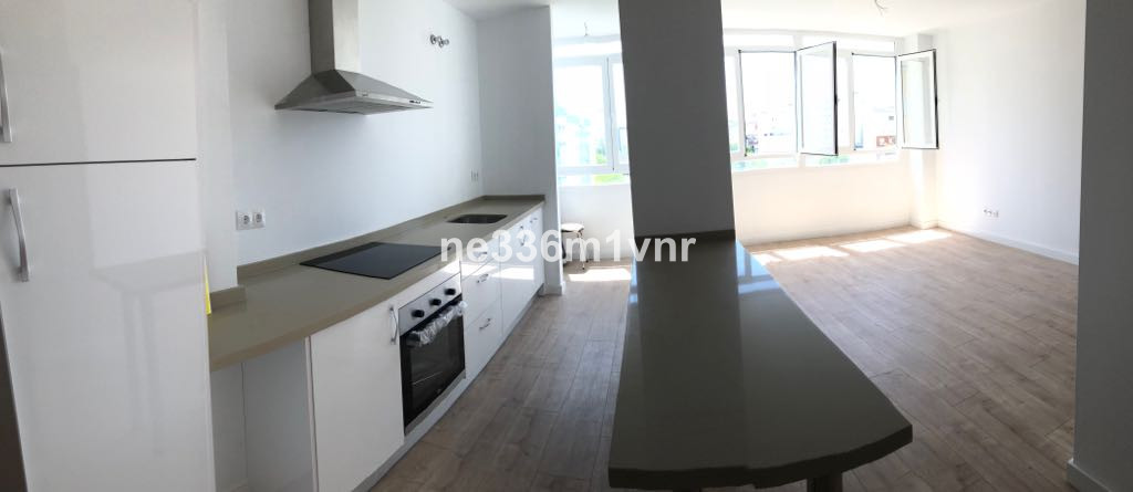SPECTACULAR RENOVATED APARTMENT WITH PANORAMIC VIEWS!  The property consists of 83 m2 distributed in,Spain