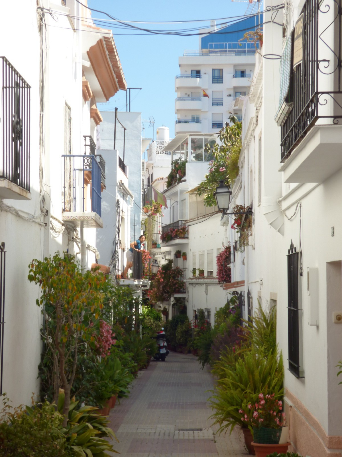 Beautiful town house in traditional andalousian street next to the Old Town. The property is distrib,Spain