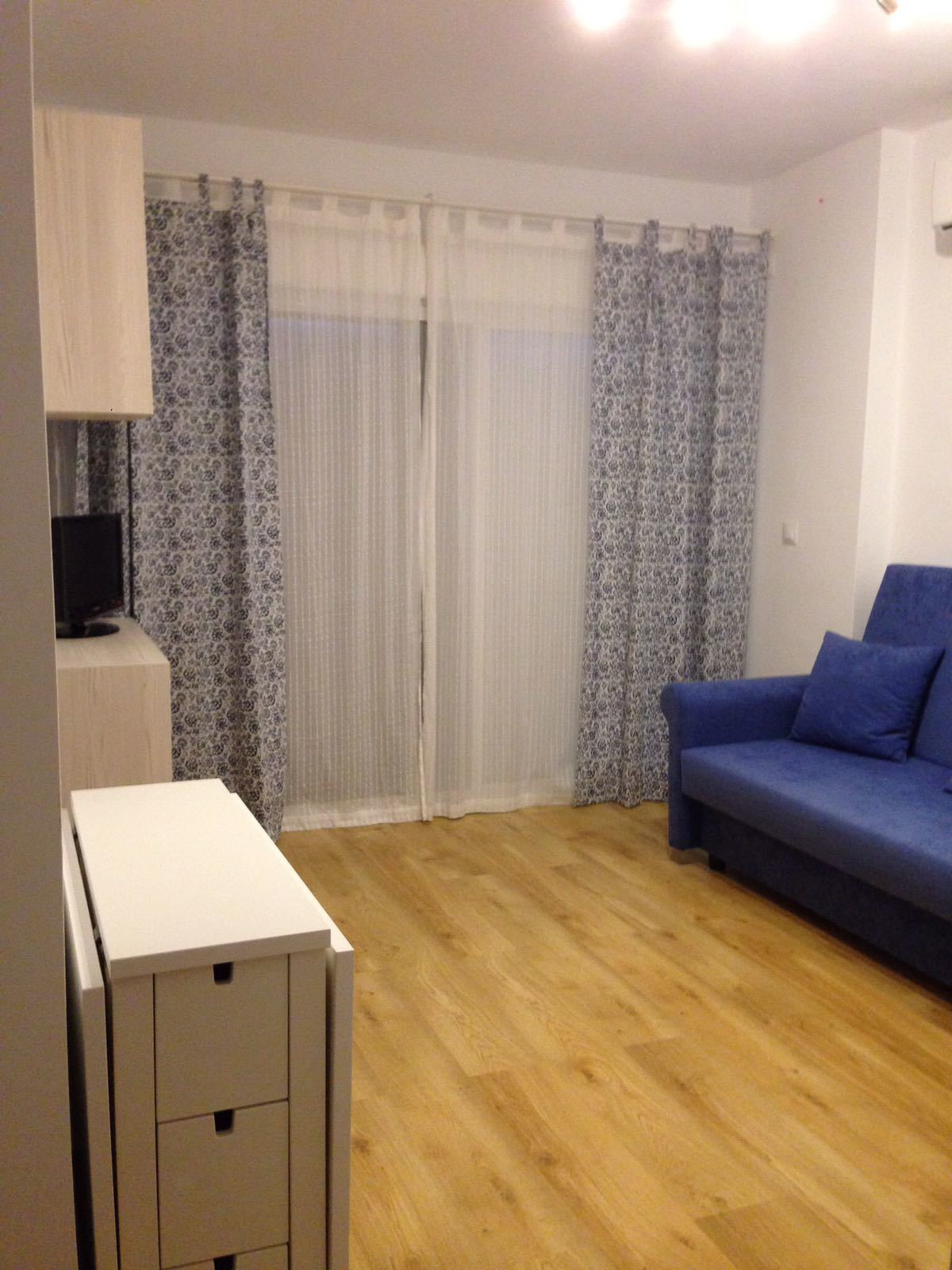 Fantastic apartment completely renovated with mountain views. It consists of a bedroom, living room-,Spain