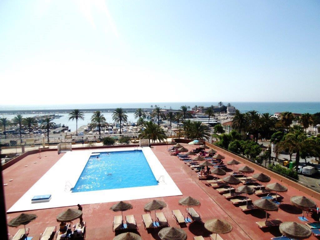 Middle Floor Apartment, Fuengirola, Costa del Sol. 1 Bedroom, 1 Bathroom, Built 49 m², Terrace 8 m²., Spain