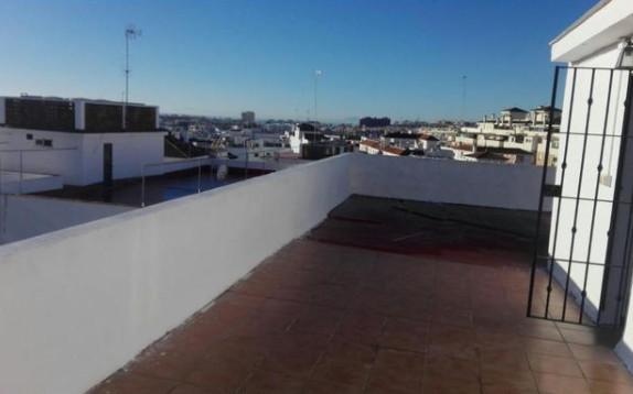 Top Floor Apartment, Estepona, Costa del Sol. 1 Bedroom, 1 Bathroom, Built 55 m².  Setting : Town, C,Spain