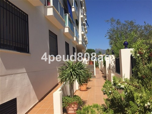 Brand new fully furnished ground floor studio apartment set within a gated development with air cond, Spain