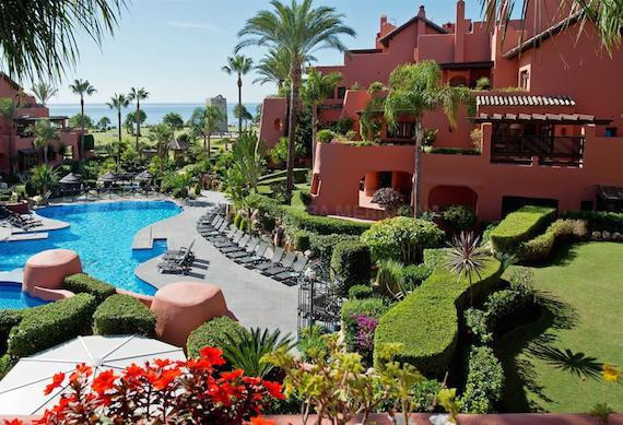 Ground Floor Apartment, New Golden Mile, Costa del Sol. 2 Bedrooms, 2 Bathrooms, Built 145 m², Terra, Spain