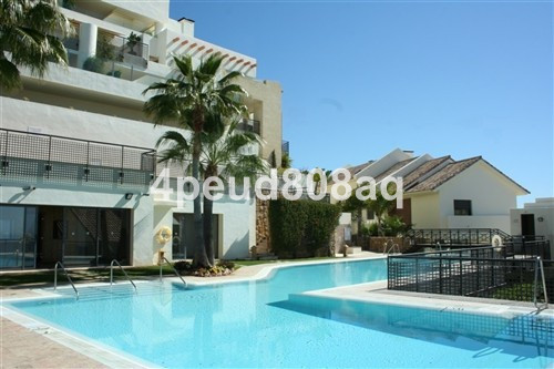 South facing fully furnished ground floor apartment with unobstructed panoramic coastal views, set w,Spain