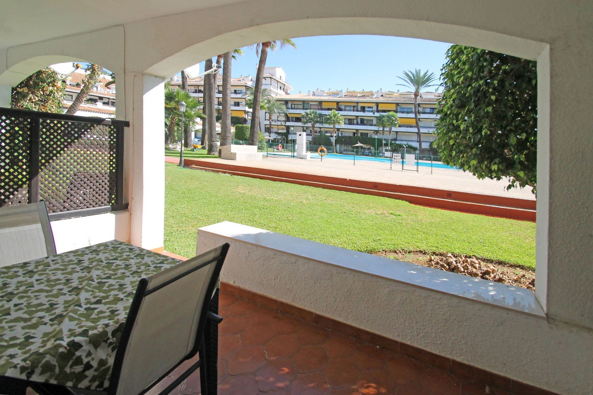 Fully refurbished East-facing ground floor studio apartment on Marbella's Golden Mile. The prope, Spain