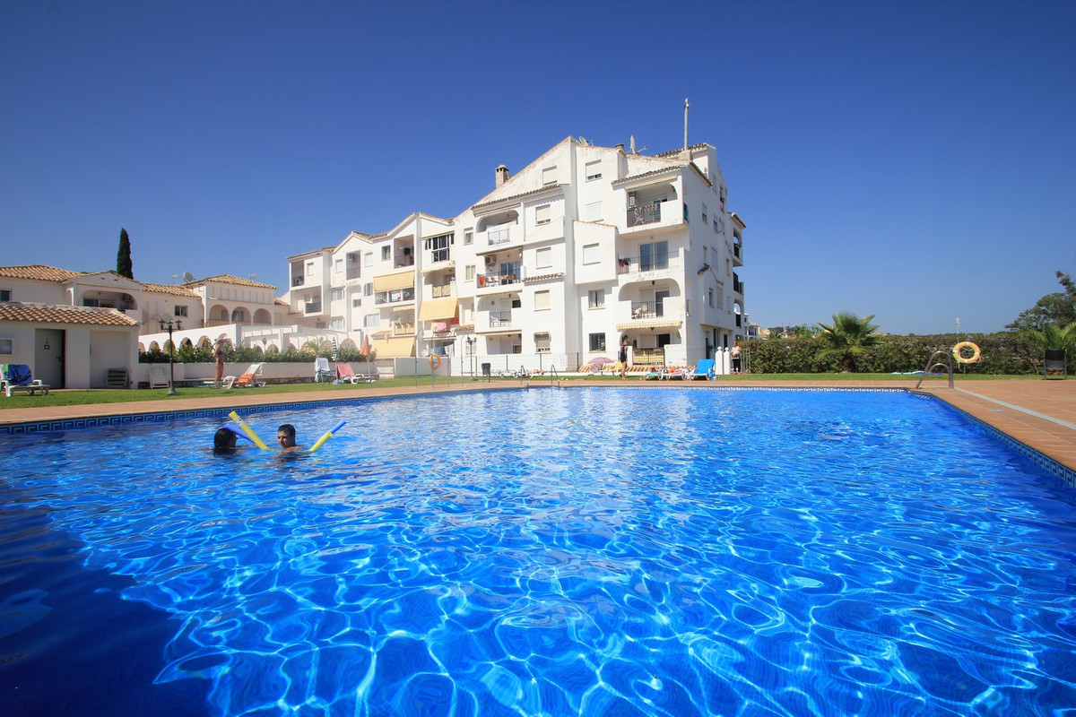 One bedroom property located in Calypso area of Calahonda. The property is located close to the beac,Spain