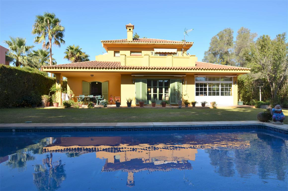 Beautiful villa located in a very exclusive urbanisation of Sotogrande. This propery has two living ,Spain