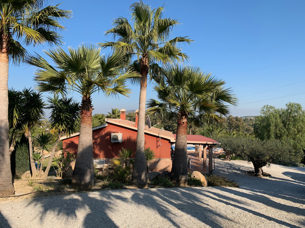 Fantastic renovated finca on the edge of the white village of Alhaurin el Grande, in the heart of th,Spain