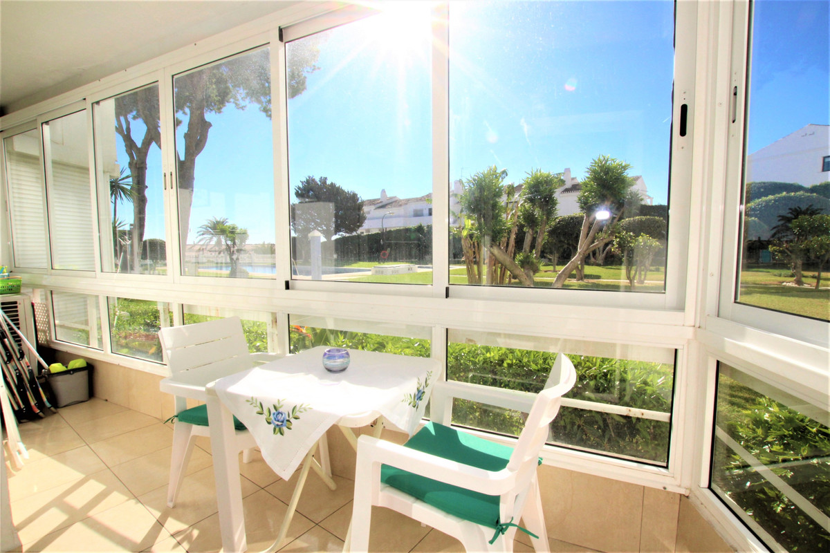 2nd BEACH LINE !! Nice completely renovated apartment of 56 m2. It consists of 2 bedrooms with fitte,Spain
