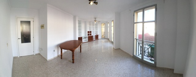 Fabulous renovated apartment, 75 m2, 2 bedrooms, 2 bathrooms, large living room, fully equipped kitc, Spain
