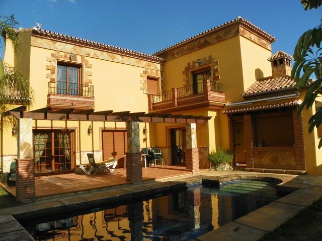 Fabulous 4 bedroom villa found in the much sought after urbanizationo La  Sierrezuela  in Mijas Cost,Spain