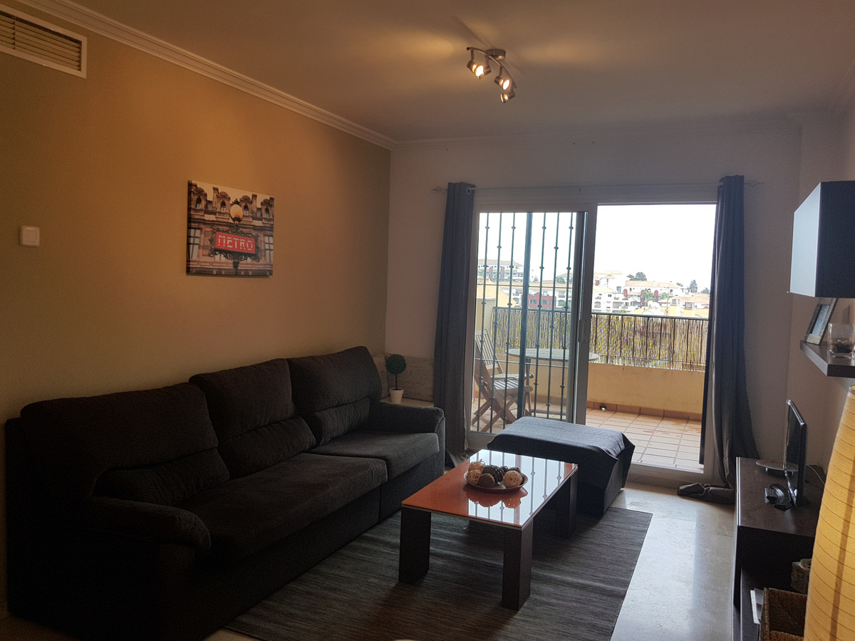 Fantastic apartment in Riviera del Sol, where you will find all the services, supermarkets, bar, res,Spain