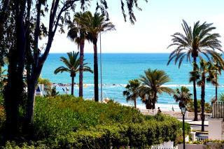 Nice 2 bedroom apartment opposite the sea and on the main road of Benalmadena Costa.  The porerty is, Spain