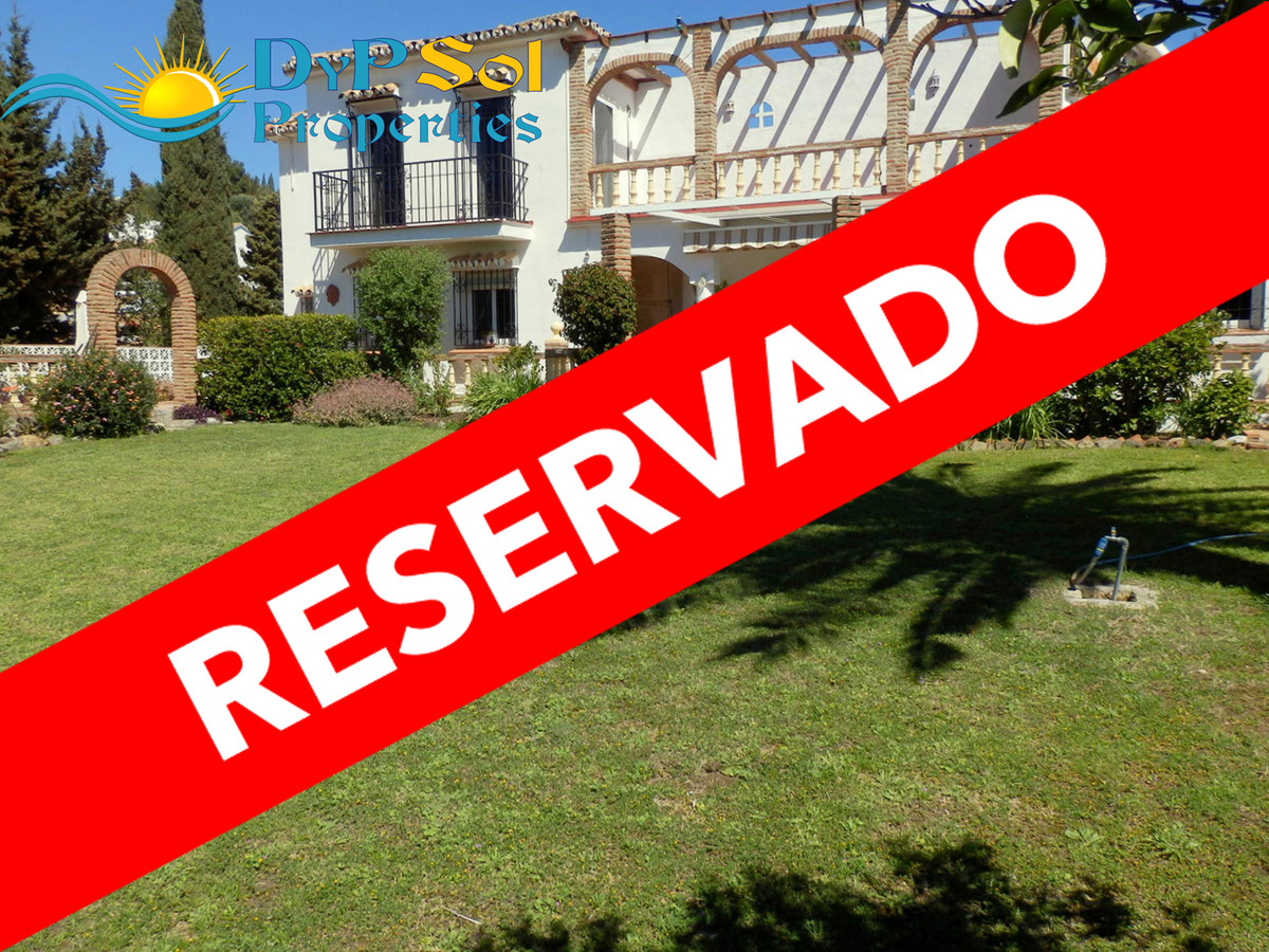 Nice and spacious villa at Urb. La Sierrezuela, Mijas Costa. Close to shops and restaurants.  Large ,Spain