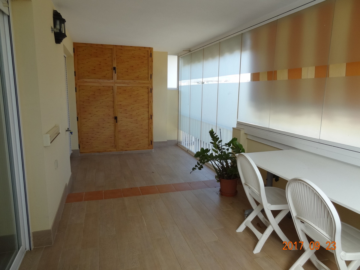 Middle Floor Apartment, Fuengirola, 400m from beach, Costa del Sol. 2 Bedrooms, 1 Bathroom, Built 10, Spain