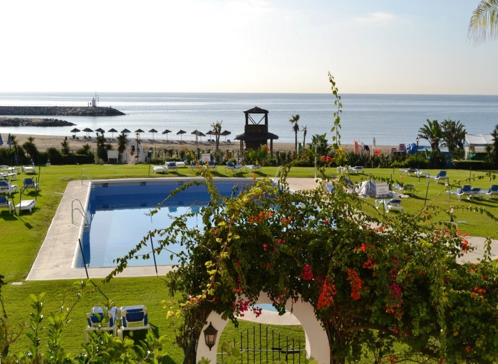 An opportunity to buy a frontline beach 2 bed apt at Cabopino in immaculate order, direct access to ,Spain